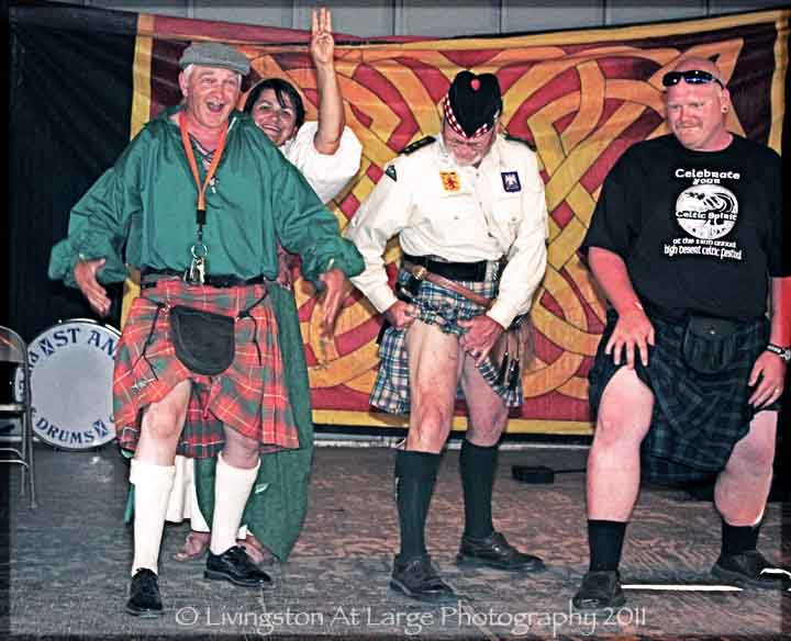 festival-bonnie knees