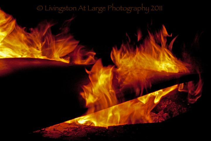 Samhain-Burning door